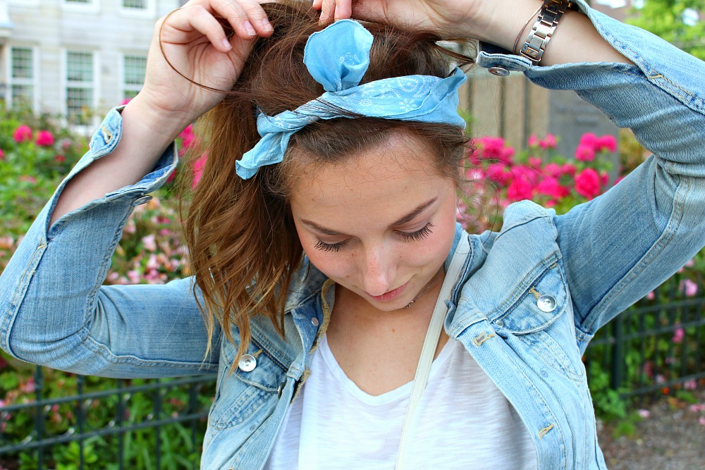 HOW TO STYLE THE BANDANA
